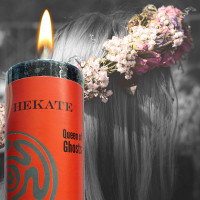 Hekate: Queen of the Crossroads Limited Edition World Magic Candle